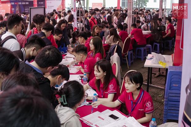 Phó hiệu trưởng ĐH Bách khoa Hà Nội: Mỗi năm có 800 sinh viên bị đuổi học, 40% phải trả nợ môn tới năm 6 - Ảnh 1.