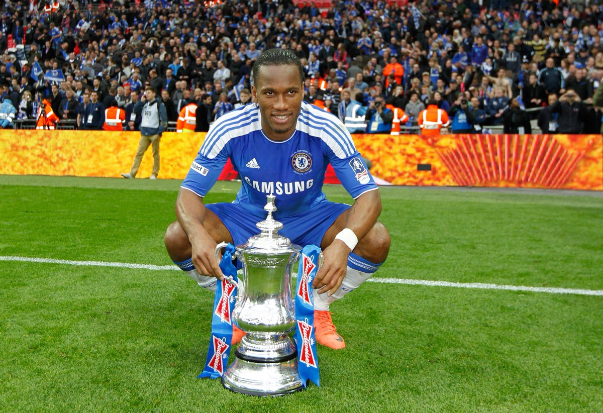"""Điều gì đã giúp Didier Drogba từ """"chân gỗ"""" đến huyền thoại Chelsea? Bí  quyết đặc biệt mà ai cũng có thể áp dụng cho sự nghiệp của mình"""