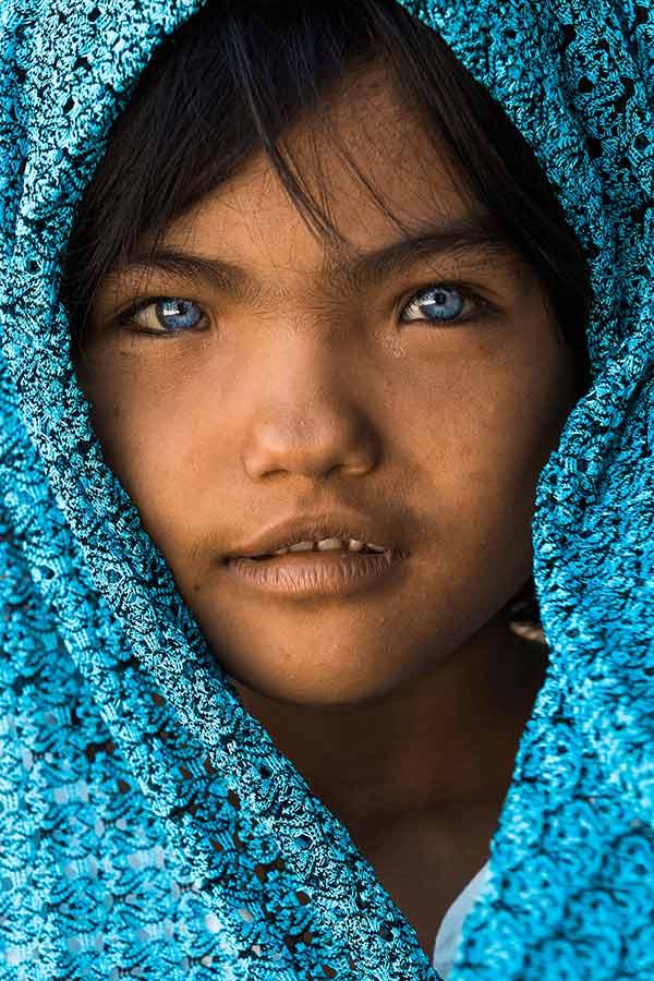 Nhiếp ảnh gia người Pháp gây sốt với 10 năm theo đuổi hành trình bảo tồn nét văn hóa 54 dân tộc Việt Nam qua ảnh - Ảnh 1.