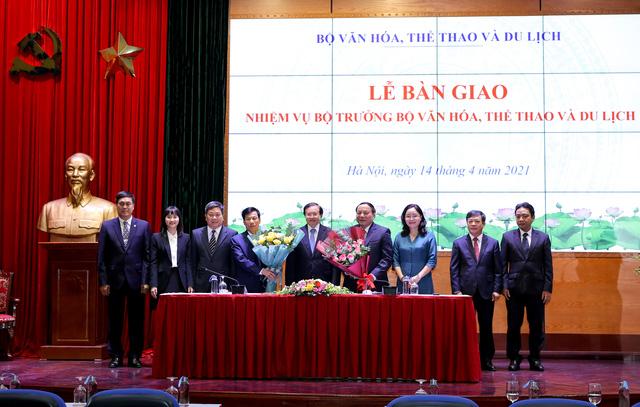 Bàn giao nhiệm vụ Bộ trưởng Bộ Văn hóa, Thể thao và Du lịch - Ảnh 4.