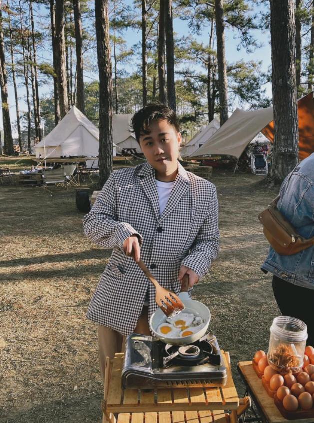 Một năm bùng nổ của Camping - cắm trại, dù không ở resort sang chảnh, không chăn ấm nệm êm nhưng các gia đình đến hội ngôi sao đều check in ầm ầm với hàng loạt chỗ quá lạ! - Ảnh 6.