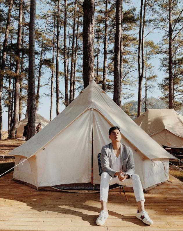 Một năm bùng nổ của Camping - cắm trại, dù không ở resort sang chảnh, không chăn ấm nệm êm nhưng các gia đình đến hội ngôi sao đều check in ầm ầm với hàng loạt chỗ quá lạ! - Ảnh 10.