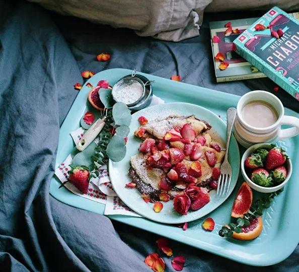 Ai không nên ăn sáng ngay sau khi thức dậy? - Ảnh 1.