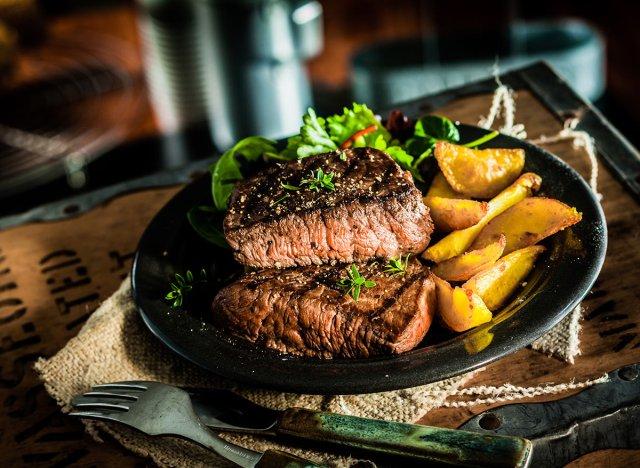 4 thực phẩm tăng nguy cơ đau tim: Tránh càng nhiều càng tốt - Ảnh 3.