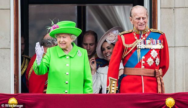Hoàng thân Philip để lại những quy tắc sống sao cho xứng là một thành viên của Hoàng gia Anh: Người ra đi nhưng di sản còn mãi - Ảnh 10.