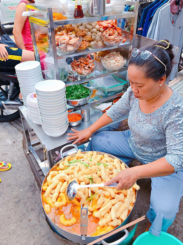 Sài Gòn có 10 quán nhìn thì bình dân nhưng giá đắt xắt ra miếng, thực khách đến ăn lần đầu đảm bảo ai cũng sốc nhẹ - Ảnh 1.