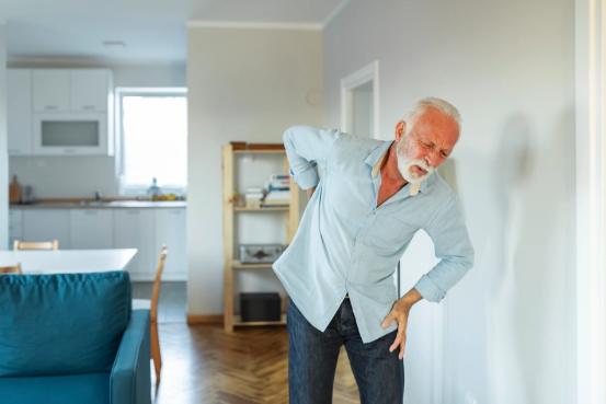 Từ ung thư đến bệnh gan: 10 dấu hiệu cảnh báo bệnh cần gặp bác sĩ ngay - Ảnh 2.
