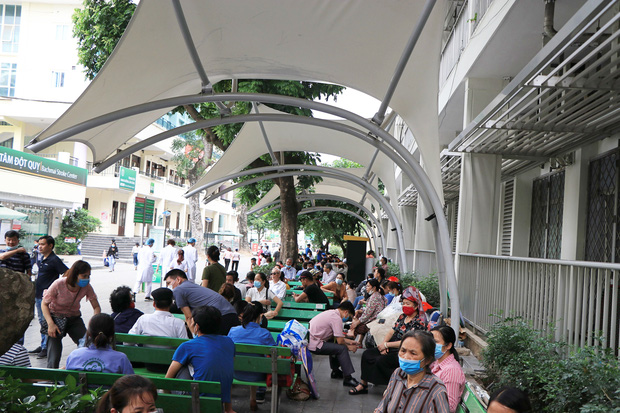 Bệnh nhân đến BV Bạch Mai 1 năm trở lại đây: Bệnh nhân nghèo như tôi cũng được quan tâm đúng nghĩa - Ảnh 5.