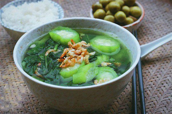Những đại kỵ khi ăn canh rau mồng tơi mùa hè nếu người Việt không bỏ ngay thì sẽ chắc chắn rước bệnh - Ảnh 2.