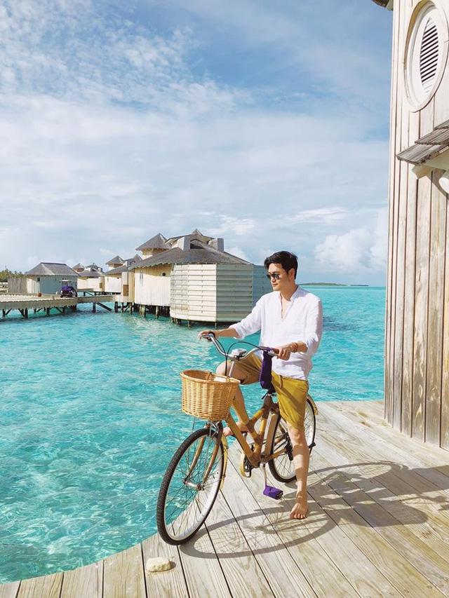 Ca sĩ Quang Vinh nói về sự nghiệp travel blogger: Chuyến đi đắt nhất trị giá gần 1 tỷ đồng, đã tới 35 quốc gia và không bao giờ bóc phốt - Ảnh 2.