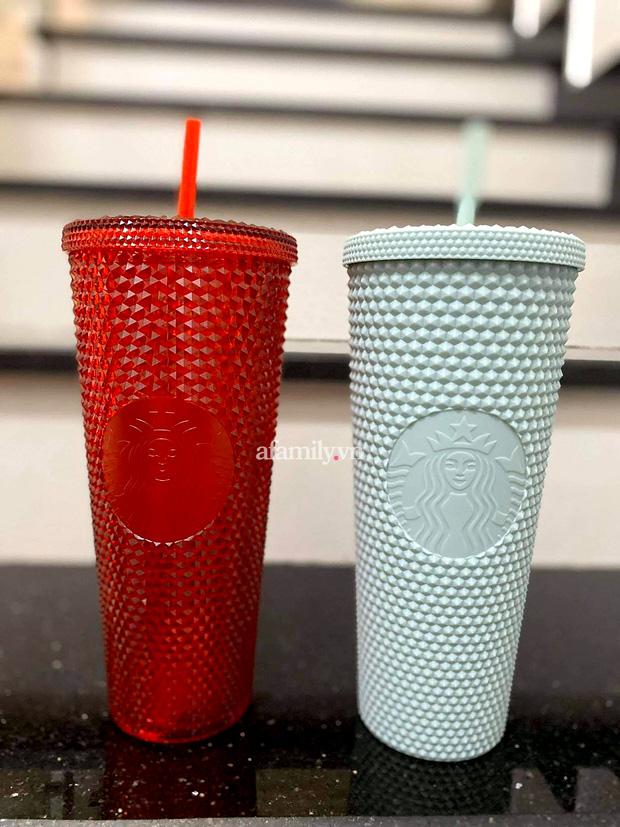 Ngã ngửa vì hiện tượng đầu cơ ly Starbucks, giá tăng chóng mặt một cách khó hiểu đến mức mua 1 triệu - bán lại tận 20 triệu cho 2 chiếc ly nhựa cũng cháy hàng - Ảnh 4.
