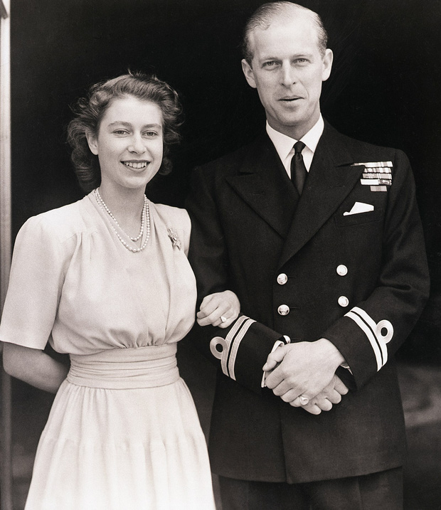 4 món quà chất đầy tâm tư mà Hoàng thân Philip tặng cho Nữ hoàng Anh, trở thành kỷ vật đi cùng bà suốt những năm tháng đẹp nhất đời - Ảnh 2.