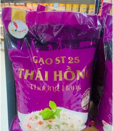 Thị trường vô vàn loại gạo ST25, khó biết thật giả - Ảnh 2.