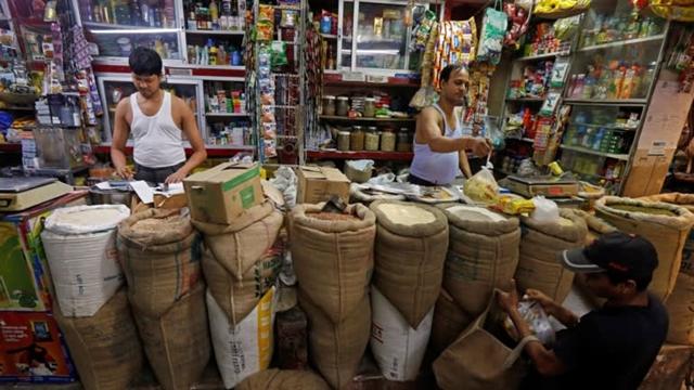 Cuộc cách mạng 850 tỷ USD của ngành bán lẻ ở Ấn Độ - Ảnh 3.