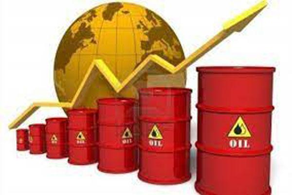 Giá xăng dầu có thể tăng mạnh vào ngày mai (27/4) - Ảnh 1.