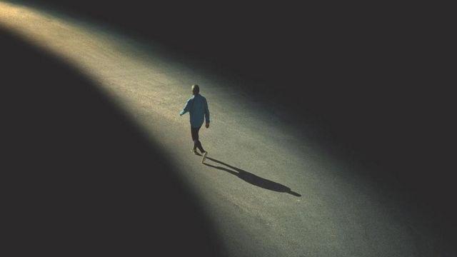 3 nỗi buồn khó nói của người trưởng thành: Điều số 1 là nguyên nhân của 80% những rắc rối trong cuộc sống - Ảnh 2.