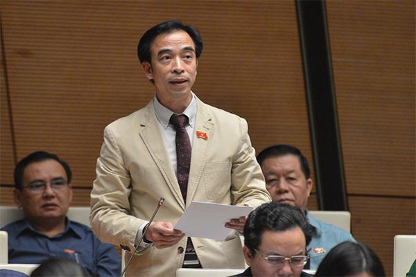Bộ Công an trả lời về Giám đốc bệnh viện Bạch Mai Nguyễn Quang Tuấn  - Ảnh 2.
