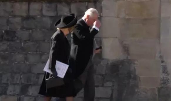 Thực hư thông tin Thái tử Charles ra ở riêng và chuẩn bị ly hôn với bà Camilla, kết thúc cuộc hôn nhân 16 năm - Ảnh 2.