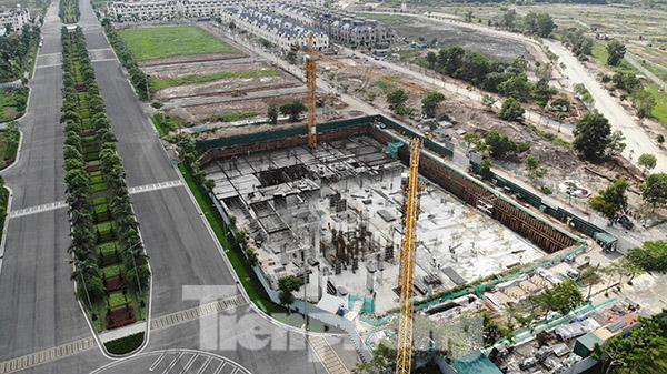 Thanh tra vào cuộc kiểm tra dự án chung cư xây không phép giữa Thủ đô  - Ảnh 1.