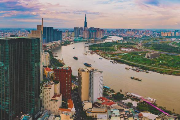 Việt Nam sẽ có 3 năm liên tiếp tăng trưởng cao nhất Đông Nam Á, việc vượt qua các cường quốc chỉ còn là vấn đề thời gian? - Ảnh 4.