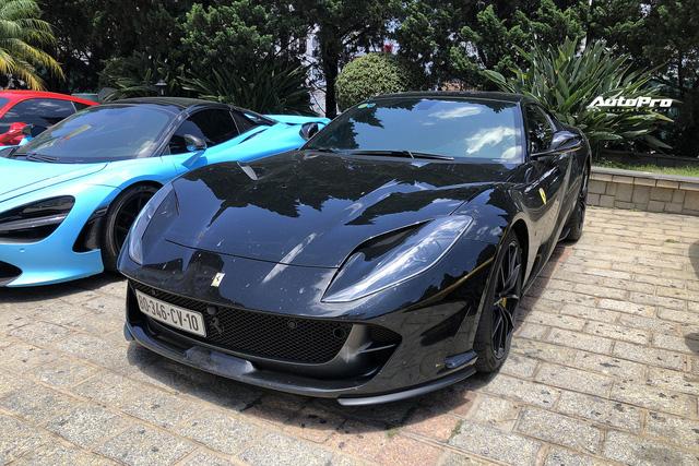 Dàn siêu xe trăm tỷ sặc sỡ hội ngộ tại Đà Lạt, Ferrari F8 Tributo của nữ đại gia trẻ mới sắm cũng góp mặt - Ảnh 10.