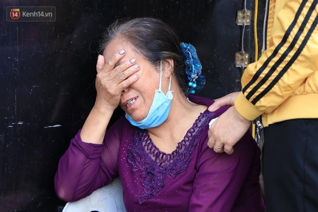 """Nỗi đau tột cùng của người mẹ trong vụ cháy khiến cả gia đình 4 người tử vong: """"Giờ tôi mất hết con cháu rồi"""" - Ảnh 3."""