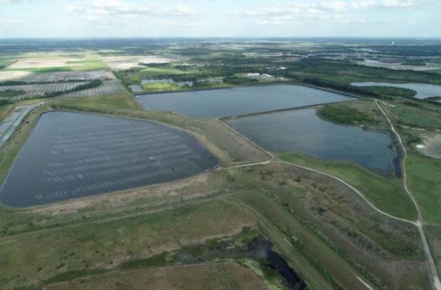 """Hồ chứa nước thải rò rỉ ở Florida có nguy cơ tạo """"bức tường nước"""" cao hơn 6m - Ảnh 1."""