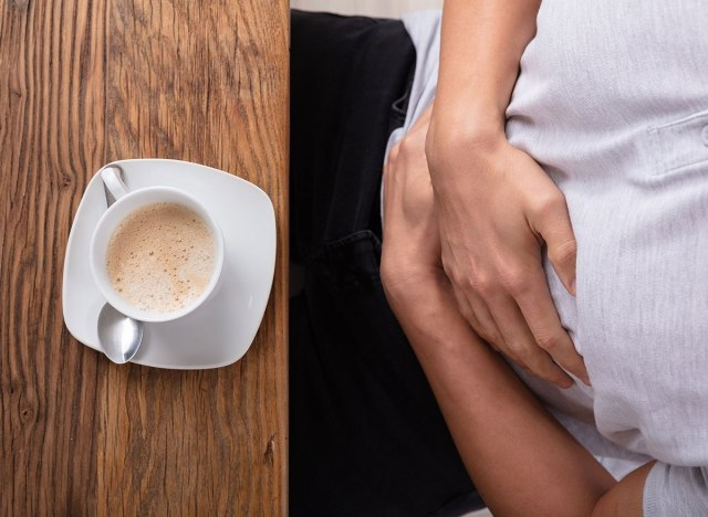 Dấu hiệu bạn đang uống cà phê quá nhiều: Khi nào nên cắt giảm? - Ảnh 4.