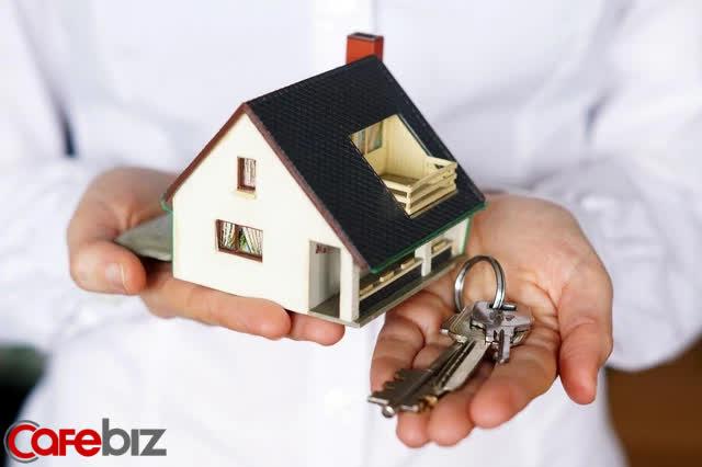 Triệu phú Mỹ: Mua nhà là sai lầm tài chính lớn nhất! - Ảnh 2.