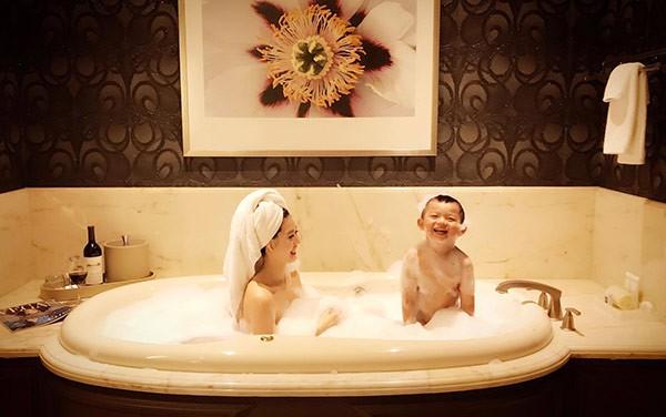 Đầu bảng trong giới con nhà giàu Việt - con gái ông trùm buôn xe Sài Gòn: Lên báo Mỹ vì quá giàu, nối nghiệp kinh doanh của cha, thu nhập sương sương gây chóng mặt - Ảnh 2.