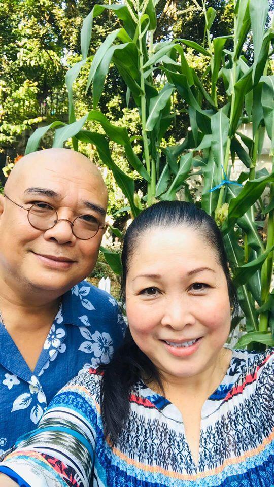 """NSND Hồng Vân: Nữ tướng làng kịch và cuộc hôn nhân bền bỉ với """"tình đầu"""", gương mặt tin dùng của các chương trình hôn nhân gia đình - Ảnh 12."""