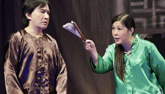 """NSND Hồng Vân: Nữ tướng làng kịch và cuộc hôn nhân bền bỉ với """"tình đầu"""", gương mặt tin dùng của các chương trình hôn nhân gia đình - Ảnh 2."""