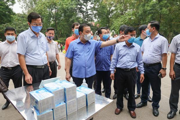 Phó Chủ tịch Hà Nội: Chống dịch Covid-19 sai một li là đi rất xa chứ không phải 1 dặm thôi đâu - Ảnh 2.