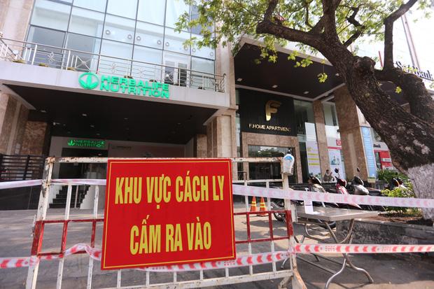 Đà Nẵng: Nữ giám đốc thẩm mỹ viện mắc Covid-19 đi đám cưới ở Quảng Ngãi, đến Hội An, hát karaoke, tiếp xúc nhiều người - Ảnh 2.