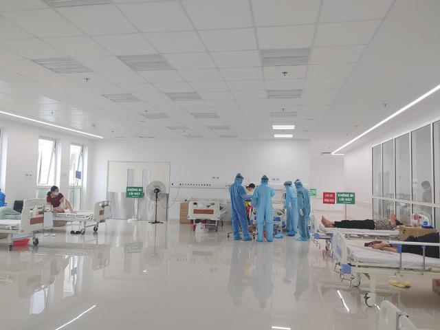 Hình ảnh mới nhất từ Bệnh viện dã chiến Bạch Mai cơ sở Hà Nam - Ảnh 1.