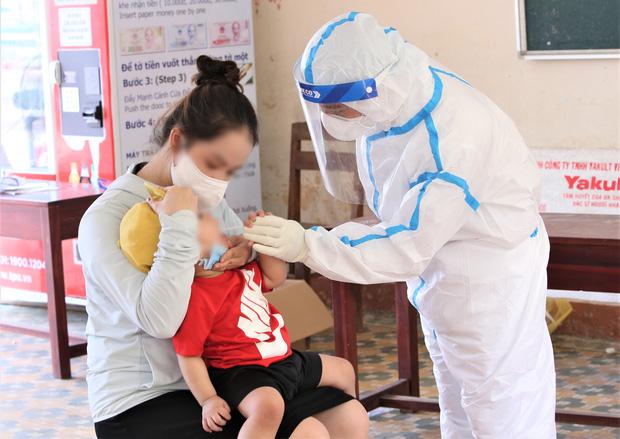 Đà Nẵng: Thêm 3 ca dương tính SARS-CoV-2 gồm con gái 1 tuổi và người giúp việc của TGĐ Thẩm mỹ viện Amida, nhân viên chuyển phát nhanh - Ảnh 1.