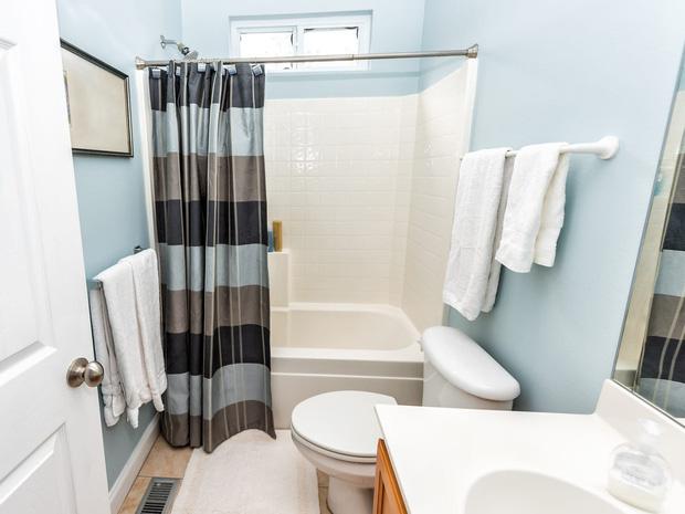 7 lỗi thiết kế ngớ ngẩn trong phòng tắm mà nhiều người mắc phải - Ảnh 5.