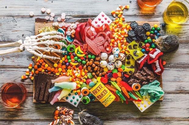 5 loại thực phẩm càng ăn nhiều càng rút cạn năng lượng của bạn nhưng lại toàn là món yêu thích của nhiều người - Ảnh 2.