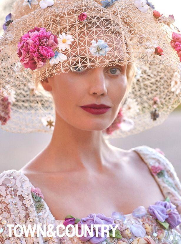 Cháu gái Công nương Diana chiếm hết spotlight tại hôn lễ nhà Meghan nhờ vẻ đẹp tựa nữ thần sau 3 năm có cuộc sống ra sao? - Ảnh 3.