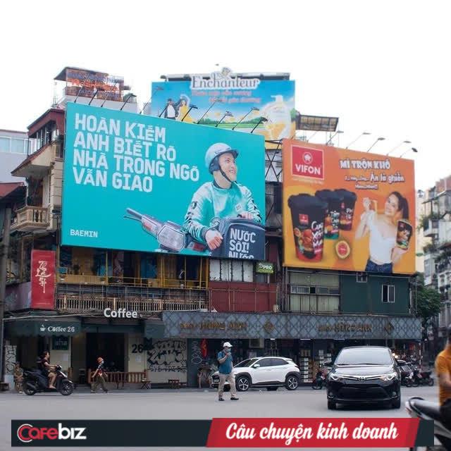 """Tặng mỗi quận một câu """"thơ"""", quảng cáo ngoài trời của Baemin khiến dân mạng cảm thán: Chơi vậy sao Grab, Gojek chơi lại! - Ảnh 3."""