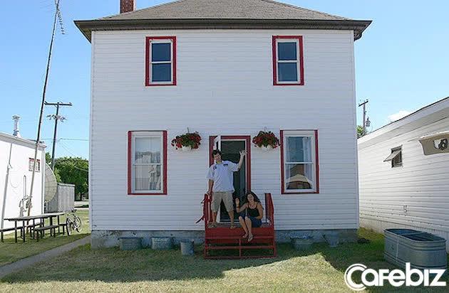 Thất nghiệp mà vẫn đòi có nhà, 'thánh đổi' dùng một chiếc kẹp giấy để có được hẳn căn nhà 2 tầng - Ảnh 5.