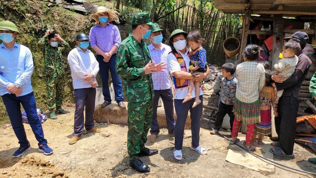 Ông Đoàn Ngọc Hải đã hồi phục sức khoẻ, tạm thời dừng đi phân phát sữa cho trẻ em vùng cao - Ảnh 2.