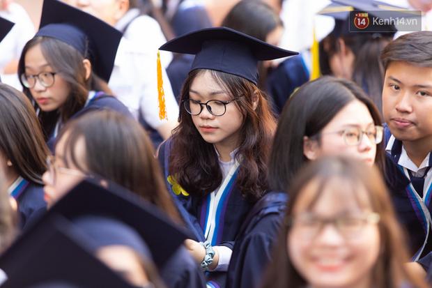 8 nhóm ngành có số lượng học sinh đăng ký xét tuyển nhiều nhất kỳ thi tốt nghiệp THPT 2021, có ngành gấp 10 lần chỉ tiêu - Ảnh 1.