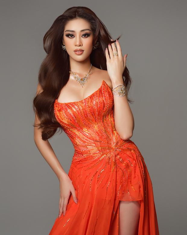 Cận cảnh trang phục dạ hội Khánh Vân diện tại Bán kết Miss Universe: Tinh xảo tôn trọn sắc vóc, bất ngờ ý nghĩa sâu sắc đằng sau - Ảnh 8.