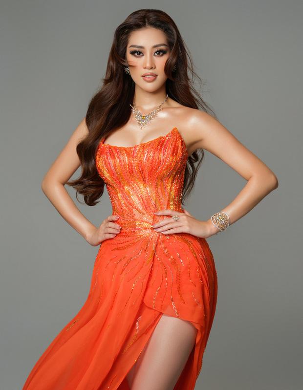 Cận cảnh trang phục dạ hội Khánh Vân diện tại Bán kết Miss Universe: Tinh xảo tôn trọn sắc vóc, bất ngờ ý nghĩa sâu sắc đằng sau - Ảnh 9.