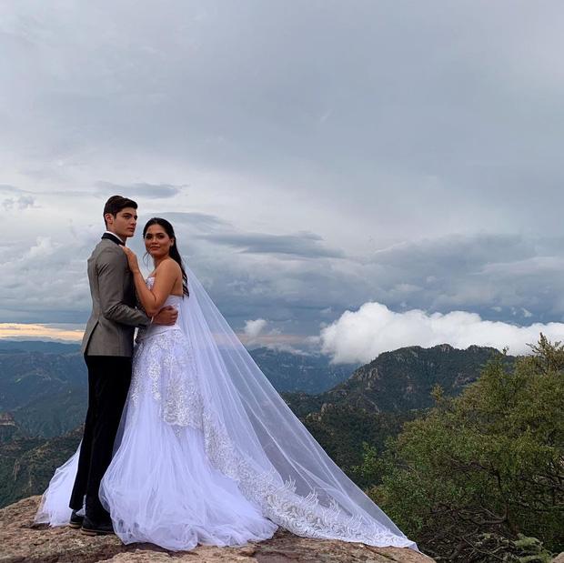 NÓNG: Miss Universe 2020 vừa đăng quang đã bị tố vi phạm luật thi vì kết hôn 2 năm trước, thực hư ra sao? - Ảnh 2.