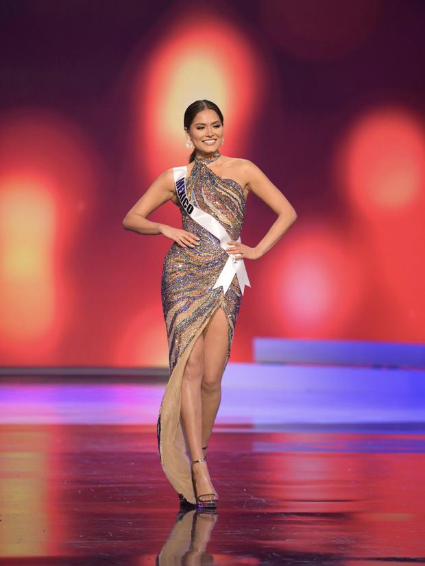Tân Hoa hậu Miss Universe 2020: Nàng kỹ sư máy tính với nhan sắc và body nức nở, quá khứ mất tích khó hiểu bất ngờ bị đào lại - Ảnh 12.