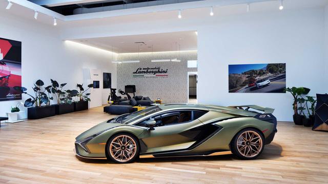 Bên trong câu lạc bộ VIP Lamborghini Lounge: Muốn bước chân vào cửa phải có giấy mời và đang sở hữu siêu xe - Ảnh 12.