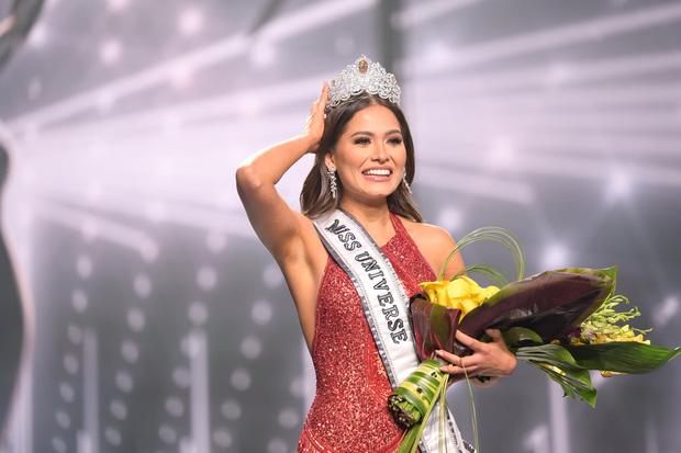 NÓNG: Miss Universe 2020 vừa đăng quang đã bị tố vi phạm luật thi vì kết hôn 2 năm trước, thực hư ra sao? - Ảnh 5.