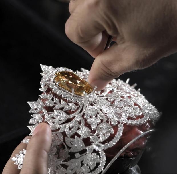 Lộ diện vương miện 115 tỷ đắt nhất thế giới của Miss Universe 2020: Khánh Vân hay ai sẽ là người có được vinh hạnh này? - Ảnh 8.